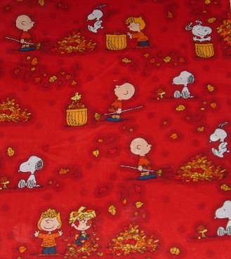 Peanuts gang Fall leaves (red)